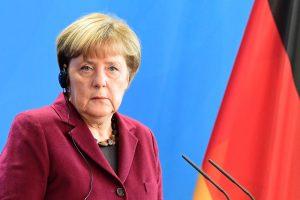 A. Merkel: turime išmokti tvarkytis su Rusijos kibernetinėmis atakomis
