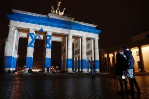 Vokietijos ir Izraelio viršūnių susitikimas atidėtas dėl nausėdijų ginčo