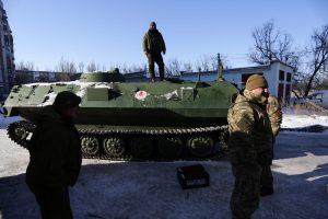 Donecke suintensyvėjus susirėmimams po žeme įstrigo per 200 kalnakasių