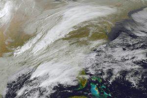 Pūga grasina milijonams žmonių JAV šiaurės rytuose