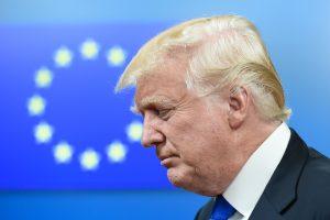 Prezidentė: Europai nevertėtų veltis į prekybos karą su JAV