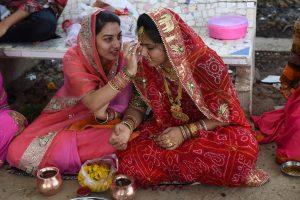 Indijos patarimas nėščiosioms sulaukė medikų kritikos