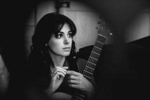 Populiarioji britų muzikos žvaigždė K. Melua koncertuos Trakų pilyje