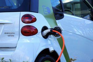 Savivaldybėms – ES investicijos elektromobilių įkrovimo prieigoms įrengti