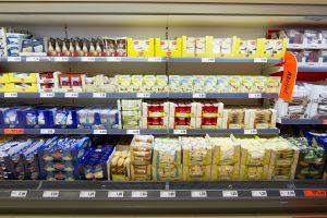 Premjeras – už tyrimą, kodėl į Lietuvą patenka prastesni maisto produktai