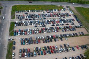Lietuviai lizingu dažniau perka brangesnį apynaujį automobilį negu naują