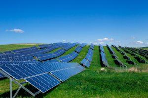 Tyrimas: dauguma lietuvių – už atsinaujinančios energijos naudojimą