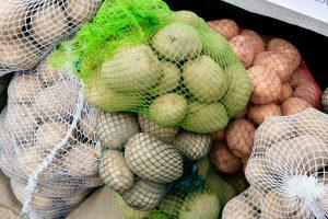 Prekyba bulvėmis: patikrinus turgavietes rasta pažeidimų