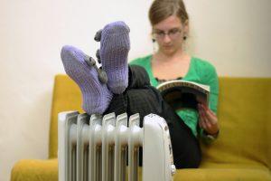 Šildymo sezono belaukiant: iš lentynų graibstomi šildytuvai ir oro drėkintuvai