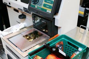 Savitarnos kasos: patogu ir pirkėjams, ir prekybininkams