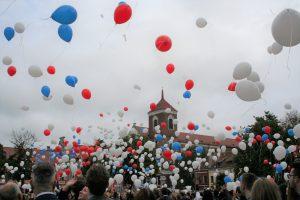 Studentų viltys ir svajonės kilo į dangų