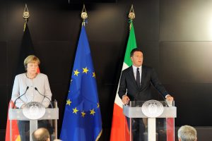Italija ir Vokietija siunčia griežtesnę žinią dėl migrantų krizės
