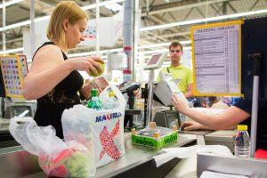 Auga pirkėjų sąmoningumas dėl plastikinių maišelių