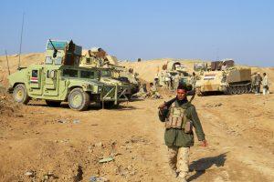 Irako pajėgos tikisi per kelias dienas atkovoti Mosulo rytinę dalį
