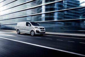 "Atnaujintas ""Peugeot Expert"" – stilingas komercinis automobilis"