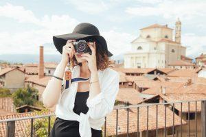 Turizmo tendencijos: populiarės trumposios išvykos ir asmeniniai konsultantai