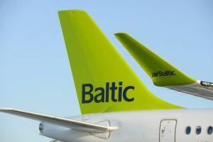 """""""airBaltic"""" skraidins į penkis Pasaulio futbolo čempionato miestus"""