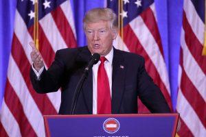 """D. Trumpas: NATO yra atgyvena, """"Brexit"""" – puikus dalykas (papildyta)"""