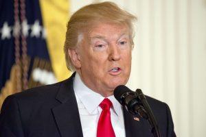 D. Trumpas neigia savo komandos ryšius su Rusija per rinkimus