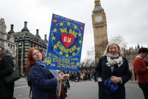 Britanijos ir ES laukia ilgi derybų dėl prekybos metai