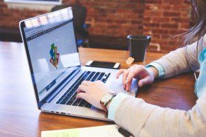 Sutriko dėl darbo pasiūlymo: niekas įmonėje tiek neuždirba