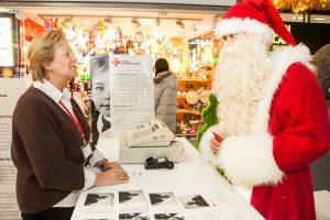 """Raudono Kryžiaus """"Vilties"""" parduotuvėse populiariausia dovana buvo ori senatvė"""