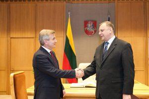 Ambasadorius: Baltarusija nemato problemų dėl AE saugumo ir elektros pardavimo