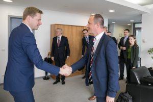 Vilniaus meras domėjosi galimybe įsigyti olandiškų elektrinių autobusų