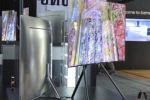 Kino pramonė ar televizoriai – kas pirmesni?