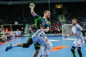 Lietuvos rankininkai po atkaklios kovos nusileido pasaulio čempionams prancūzams