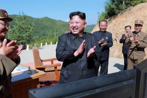 Šiaurės Korėja paleido vidutinio nuotolio balistinę raketą
