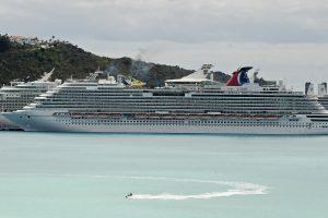 Kuba panaikino draudimą kubiečiams atvykti ir išvykti jūrų transportu