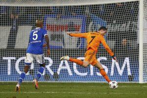 "UEFA Čempionų lyga:  Madrido ""Real"" sutrypė ""Schalke 04"" ekipą"