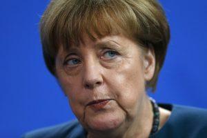 A. Merkel: NATO ir Rusija į kai kuriuos dalykus vis dar turi labai skirtingą požiūrį