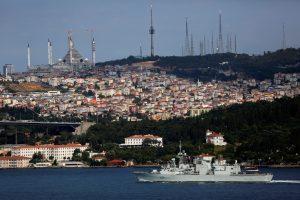 Kanada į Baltijos jūrą siunčia karinį laivą