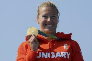Baidarę irklavusi vengrė apgynė olimpinės čempionės titulą 500 m nuotolyje