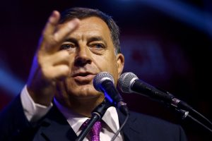 Bosnijos serbų lyderis dėl referendumo šaukiamas į prokuratūrą
