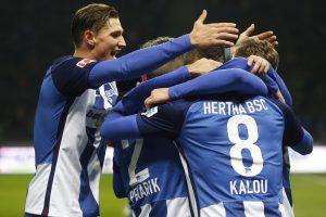 """""""Hertha"""" futbolininkai pakilo į trečią """"Bundesligos"""" vietą"""