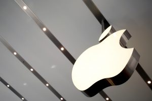 """""""Apple"""" pirmauja pasaulyje pagal nešiojamų išmaniųjų prietaisų pardavimus"""