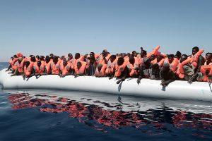 Italija: Viduržemio jūroje išgelbėta apie 500 migrantų
