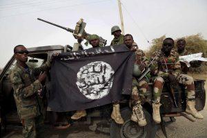 """Nigerija: """"Boko Haram"""" nariai nukovė mažiausiai 100 kariškių"""