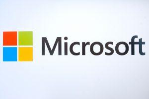 """Rusijos valstybinės įstaigos neplanuoja keisti """"Microsoft"""" vietos programine įranga"""