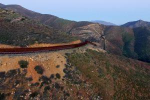 Meksikos prezidentas atšaukė derybas su D. Trumpu dėl sienos statybų