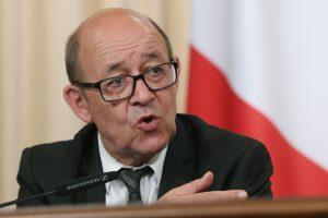 Ministras: Prancūzija nesiekia izoliuoti Rusijos