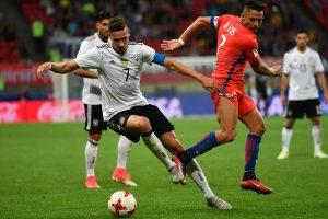 Čilės ir Vokietijos futbolininkai sužaidė lygiosiomis