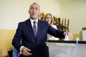 Buvęs partizanų lyderis R. Haradinajus tapo paskirtuoju Kosovo premjeru