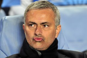 "Negavęs darbo ""Manchester United"" klube J. Mourinho apsiverkė"