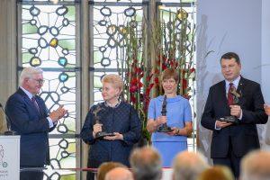 D. Grybauskaitė atsiėmė Baltijos šalims skirtą Vestfalijos taikos premiją