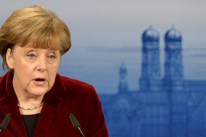 A. Merkel: Ukrainos konfliktas negali būti išspręstas karinėmis priemonėmis