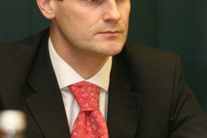 Vyriausybė linkusi pritarti siūlymui dėl kadencijų ministerijų kancleriams